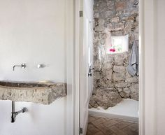 http://www.stevenharrisarchitects.com/projects/Villa-San-Spirito