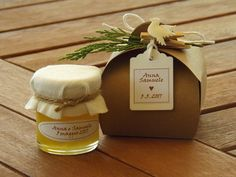 Bomboniera di miele. Perfetta come segnaposto per varie ricorrenze: nozze, battesimo, comunione, laurea Bomboniera gastronomica