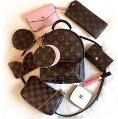 Luxury Purses, Luxury Bags, Cute Handbags, Purses And Handbags, Vuitton Bag, Louis Vuitton Handbags, Best Designer Bags, Designer Purses, Designer Handbags
