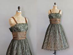 1950s dress / Mossflower Dress / vintage lace