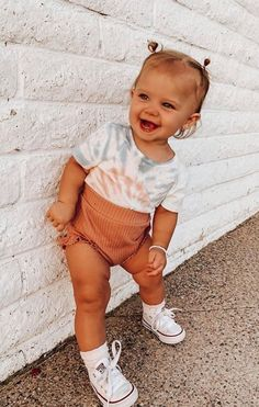 Cute Baby Girl Outfits, Cute Baby Clothes, Toddler Outfits, Cute Toddlers, Cute Kids, Cute Babies, Babies Stuff, Cute Little Baby, Baby Kind