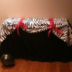 Zebra pink and black birthday table...before the gifts