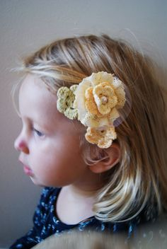 Crochet bobby pins Vintage look set of 3 by TheEcoPrincess on Etsy, $8.00