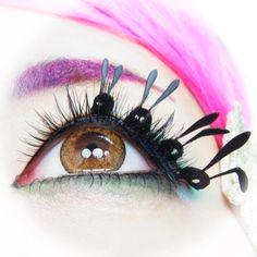 """No one can stop you if you run like a rabbit.""  --kawaii matsuge*RABBIT(BLACK)*Paper false eyelashes  --カワイイマツゲ*うさぎ(黒)*紙製つけまつげ"