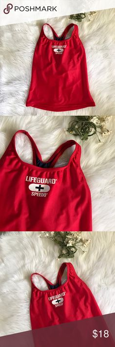 Life guard speedo top ✨🏊🏼‍♀️ Size medium ! Have any questions, don't hesitate to ask 💁🏿 built in bra too Speedo Swim
