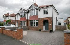 3 bedroom semi-detached house for sale in Elmwood Avenue, Hoole, Chester, 1930s House Exterior, 1930s Semi Detached House, Front Garden Ideas Driveway, Rendered Houses, House Extension Plans, English House, Exterior Remodel, House Extensions, Moving House