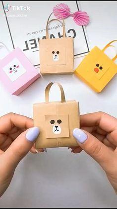 Diy Crafts Hacks, Diy Crafts For Gifts, Diy Home Crafts, Creative Crafts, Crafts For Kids, Diy Projects, Cool Paper Crafts, Paper Crafts Origami, Diy Paper