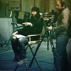 C'est ce 12 avril 2016 que Keanu Reeves est revenu sur Paris pour rencontrer à la fois ses fans mais aussi la presse et parler longuement de son documentaire (SIDE BY SIDE) La Révolution Digitale sur l'avènement du numérique.