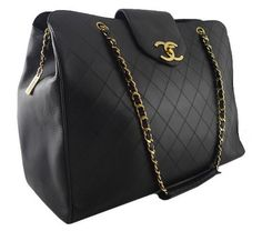 Chanel weekend travel bag. WANT.