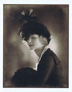 Marilynn Miller Ziegfeld Follies Star in 1918: Clipping photos from a book
