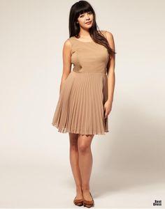 "Naomi Shimada. Height: 5'9.5"" (177cm) Bust: 36"" (92cm) D Waist: 35"" (89cm) Hip: 44"" (112cm) Dress: 12-14 US (42-44 EU) Shoe: 9.5 US (40.5 EU) Hair: Brown Eye: Brown. #NaomiShimada #Model"