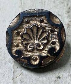 "Antique Metal Wood Button Red Sunburst Hat 3//8"" Small Diminutive XS"