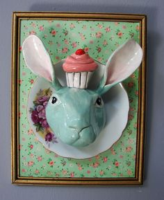 Bunny with cupcake: R 600