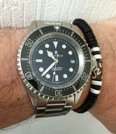 Steinhart Ocean 44 Luxury Watches, Rolex Watches, Steinhart Watch, Red Wing Boots, Men's Grooming, Seiko, Cool Watches, Gold Watch, Bracelet Watch