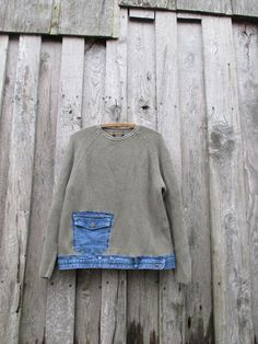 This khaki green ribbed upcycled woolrich pullover features a waist bank denim with a front pocket. Color palette – olive-green / khaki green … - ALL ABOUT Denim Crafts, Upcycled Crafts, Repurposed, Sweatshirt Refashion, Mode Jeans, Khaki Green, Olive Green, Diy Clothing, Denim Fashion
