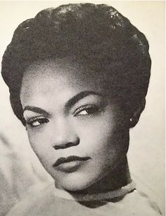 Catwoman - AKA Eartha Kitt Birth Name: Eartha Mae Keith Born: 17 January 1927 December 2008 Country of origin: United States Height: ®. Vintage Black Glamour, Look Vintage, Vintage Beauty, Old Hollywood Glam, Classic Hollywood, Divas, Eartha Kitt, Black Grunge, Black Girl Aesthetic