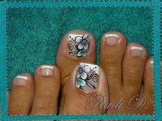 Gel toes - aqua, white, black design