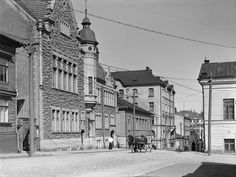 Nylands Nation's Building on Kasarmikatu, Finland Helsinki, Old Photos, Finland, Louvre, Street View, Black And White, World, Building, Photography
