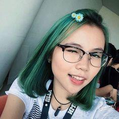 Midnight Green @marthaapatricia by @iloaindonesia Thanks for the inspiration! #hairenvy #instalove #style #pretty #love #salonjakarta #zalonku #greenhairdontcare #selfie #glamteam