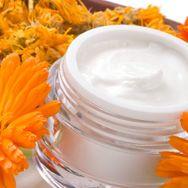 Organic Cosmetics: Is Natural Better? #cosmeticscop #paulabegoun