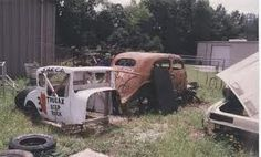 Old dirt track cars Abandoned Cars, Abandoned Vehicles, Junkyard Cars, Used Car Lots, Dirt Track Racing, Nascar Racing, Old Race Cars, Rusty Cars, Old Classic Cars