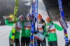 Deutsche Adler gewinnen das Teamspringen beim FIS Weltcup in Skispringen in Willingen / Hochsauerland | Fotograf Kassel http://blog.ks-fotografie.net/pressefotografie/skispringen-fis-weltcup-willingen-2016-fotojournalist/