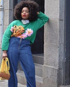 Add some color into your wardrobe this season with these 15 green sweater outfits that are so easy to copy. Read on to see the looks and shop the sweaters. Winter Outfits For Work, Casual Winter Outfits, Winter Fashion Outfits, Chic Outfits, Women's Fashion, Green Sweater Outfit, Sweater Outfits, Sweaters And Jeans, Cool Sweaters