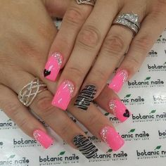 Friendly Nail Art Community with Nail Art Picture and Video Tutorials. Make your nails look awesome and share your nail art designs! Pink Nail Art, Cute Acrylic Nails, Acrylic Nail Designs, Cute Pink Nails, Bright Nails, Valentine Nail Art, Valentine Nail Designs, Valentines Design, Super Nails
