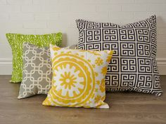 For beginning sewers: learn how to make your own throw pillow covers!