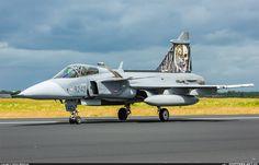 Spotters.Aero - Фото самолета (ID:113293) Czech Republic - Air Force Saab JAS-39C Gripen 9240