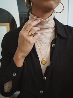 All the golden jewels we just want (Le Fashion) - # . - All the golden jewels we just want (Le Fashion) – … - Mode Outfits, Fashion Outfits, Womens Fashion, Fashion Trends, Fashion Clothes, Fashion Jewelry, Fashion Ideas, Fashion Pictures, Fashion Tips