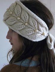 La venda a la cabeza por la cinta chiné 'Рельефная ветка'. Knitting Blogs, Baby Hats Knitting, Knitting Stitches, Knitting Yarn, Knitting Patterns, Crochet Patterns, Crochet Newsboy Hat, Knitted Hats, Crochet Hats
