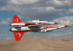 Turkish Stars Putting On A Show In The F-5 Freedom... | History Wars