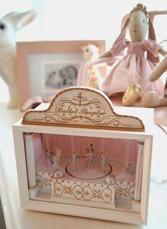 Wind-up Music Box Ballerina Nursery, Little Ballerina, Vintage Princess, Little Princess, Little Girl Rooms, Little Girls, Franck Fischer, Toy Theatre, Ballet Theater