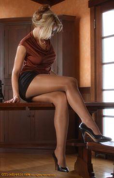 Caught videoing flouncy skirt bare legged milf