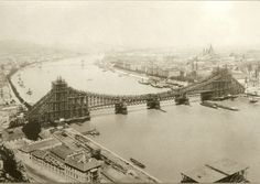 Amazing Vintage Pictures Show the Change of the Elisabeth Bridge in Budapest Before World War II Vintage Pictures, Old Pictures, Old Photos, Capital Of Hungary, Most Beautiful Cities, Budapest Hungary, Picture Show, World War Ii, Paris Skyline