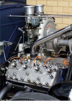Fenzel Supercharger on a flathead V8