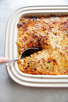 This Spaghetti Squash Italian-Style Casserole is such a flavorful, simple, and healthy dinner casserole when you are craving comfort food! Spaghetti Squash Casserole, Baked Spaghetti Squash, Baked Squash, Spaghetti Squash Chicken Parmesan, Easy Spaghetti Squash Recipes, Paleo Recipes, Cooking Recipes, Side Recipes, Meal Recipes