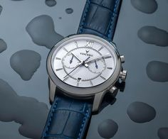 SPECS Case:Silver 316L Surgical Grade StainlessSteel Dial:White Movement: Seiko Mecha-Quartz Strap: Top-Grain Italian Leather (Blue) Interchangeable: Yes Water Resistance: 10...