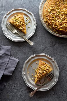 An easy carrot cake with pistachios that is so good it doesn't need frosting!