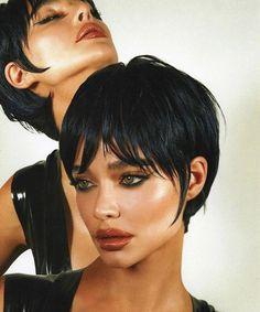 Beauty Makeup, Hair Makeup, Hair Beauty, Look 80s, Aesthetic Makeup, Pretty Face, Hair Inspo, Makeup Inspiration, Pretty People