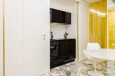 ristrutturazione di  interni #roma  fausto di rocco architetto #fastlabarchitetti #interior #marble #black #gold #marmo #nero #oro  #cucina #kitchen #white #bianco