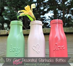 DIY Easy Crafts With Starbucks Glass Bottles Ideas 7 glass bottle crafts 25 Simple but Beautiful Crafts With Starbucks Glass Bottles Ideas - OnDIYiDeas Starbucks Bottle Crafts, Starbucks Glass Bottles, Frappuccino Bottles, Starbucks Frappuccino, Starbucks Coffee, Bottle Painting, Diy Painting, Message Jar, Pots