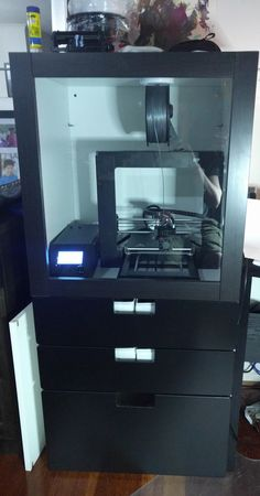 IKEA made cabinet for my Monoprice Maker Select V2 / Wanhao Duplicator i3!