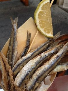 TRAVEL'IN GREECE I Fried anchovies