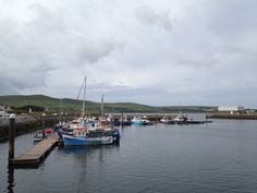 Coastal town with great pubs, and their own dolphin! VILLAGE WALKS 24-1 DINGLE