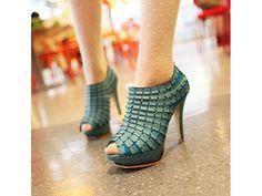รองเท้าแฟชั่นเกาหลีแบบใหม่ ใส่ทำงาน ใส่เที่ยว สวย เทรนด์