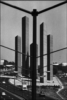 "Mexico City ""Satellite City Towers"" | Architect : Luis Barragan | Photo © Rene Burri/Magnum Photos"