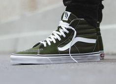 Vans Sk8 Hi Outfit, Vans Shoes Outfit, Mens Vans Shoes, Vans Men, Best Sneakers, Vans Sneakers, Casual Sneakers, Air Jordan, Adidas