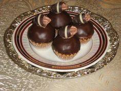 Desať receptov na obľúbené plnené košíčky   Tortyodmamy.sk Russian Recipes, Sweet Tooth, Food And Drink, Pudding, Sweets, Christmas, Content, Author, Xmas